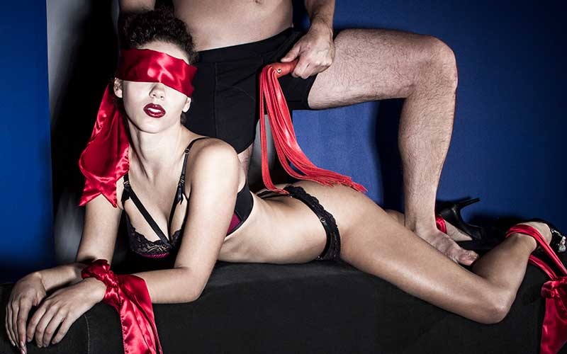 Kinky couple play bondage to spice up their sex life and have fantastic pleasure